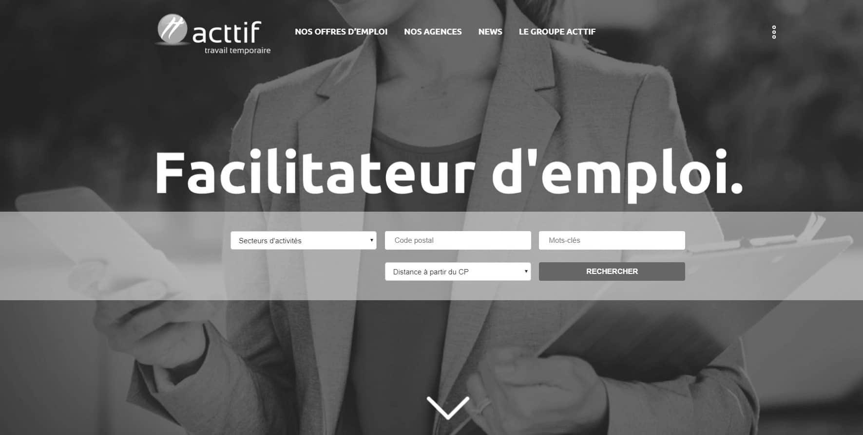 page d'accueil du site web d'acttif travail temporaire en noir et blanc